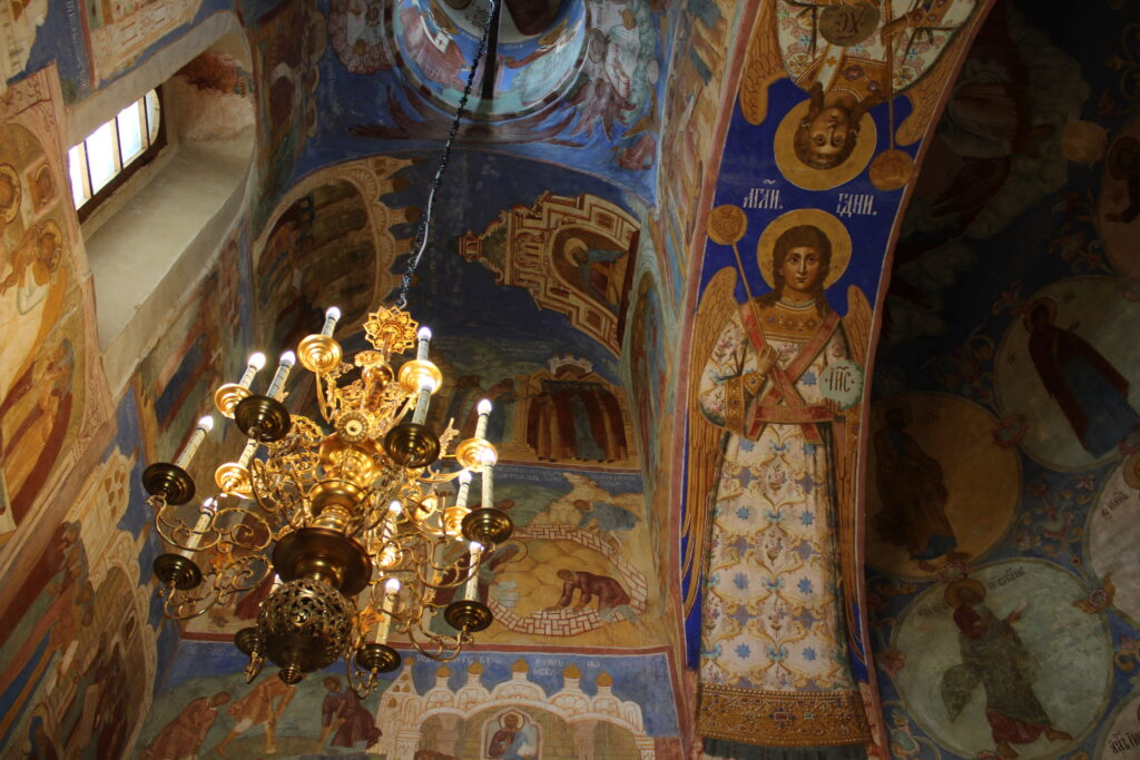 paintings in a church in Suzdal