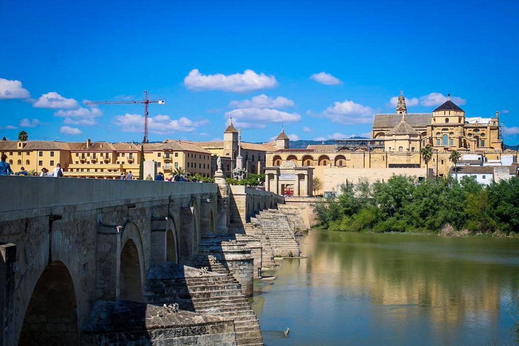Things to do in Cordoba: Visit the Roman Bridge