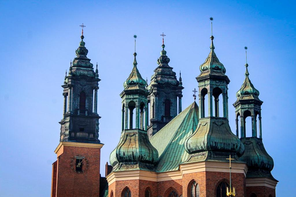 Things to to in Poznan: visit the Catheredal Island
